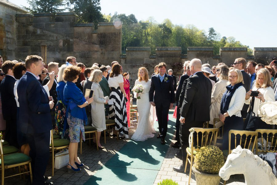 Dundas-Castle-Outside-Wedding-024