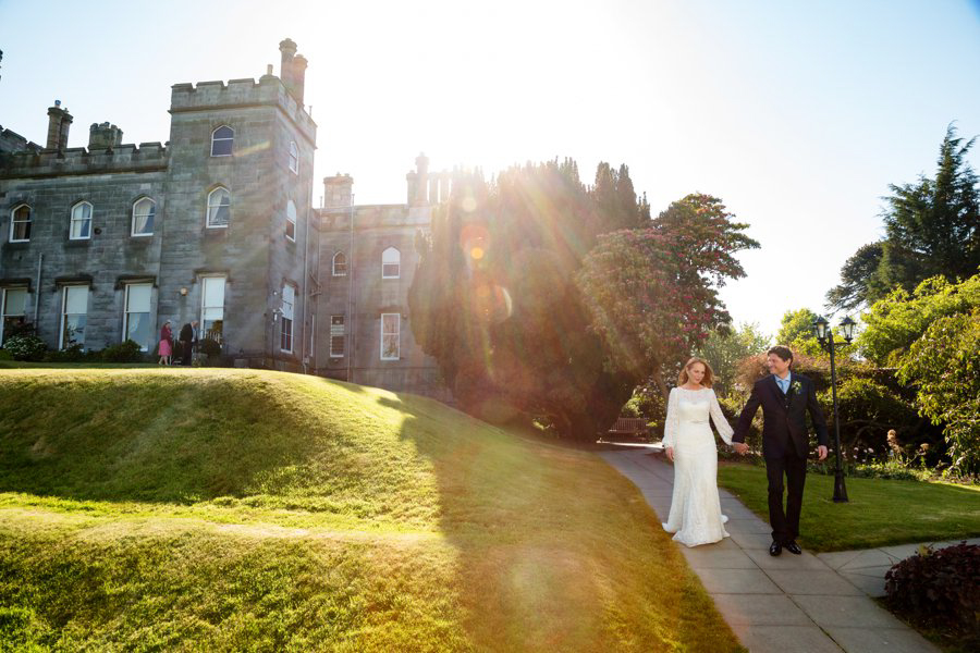 Dundas-Castle-Outside-Wedding-043