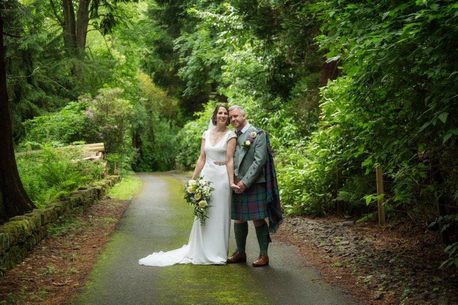 Melville_Castle_Wedding_Blue_Sky_Photography_Edinburg-040