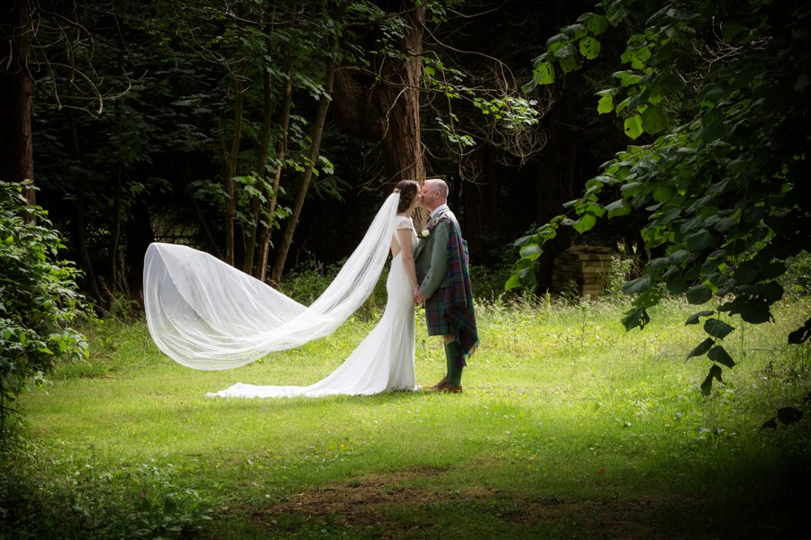 Melville_Castle_Wedding_Blue_Sky_Photography_Edinburg-044
