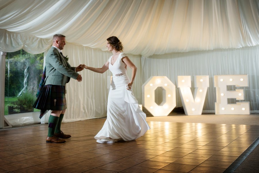 Melville_Castle_Wedding_Blue_Sky_Photography_Edinburg-064