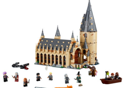 Hogwarts Great Hall Front with minifigs