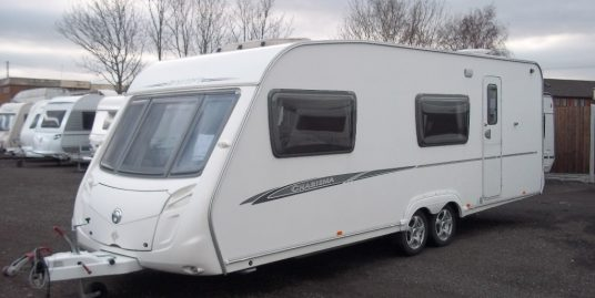 Swift 590 CHARISMA LIGHTWEIGHT TWIN AXLE FAMILY LAYOUT INC FIXED BUNKS px welcome finance avaiable CAN DELIVER