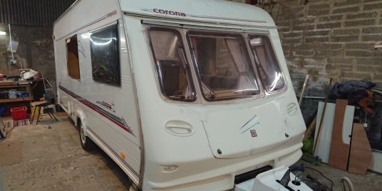 2001 Compass Corona Lux for breaking