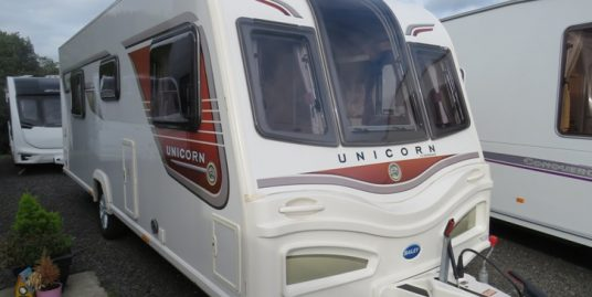 2014 BAILEY UNICORN VIGO * TRANSVERSE ISLAND BED * 4-BERTH * END WASHROOM * SEP SHOWER