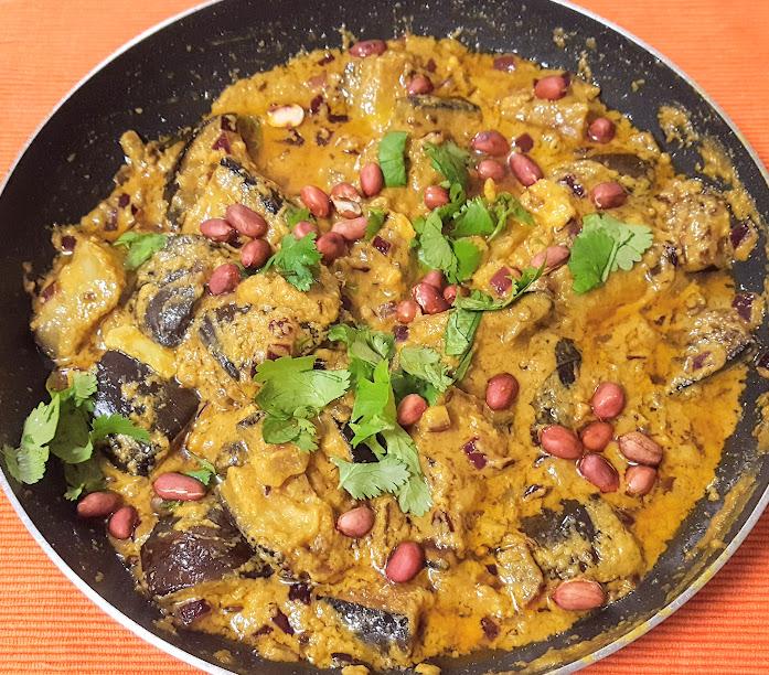 Vegan Aubergine Curry Recipe with Tamarind & Coconut
