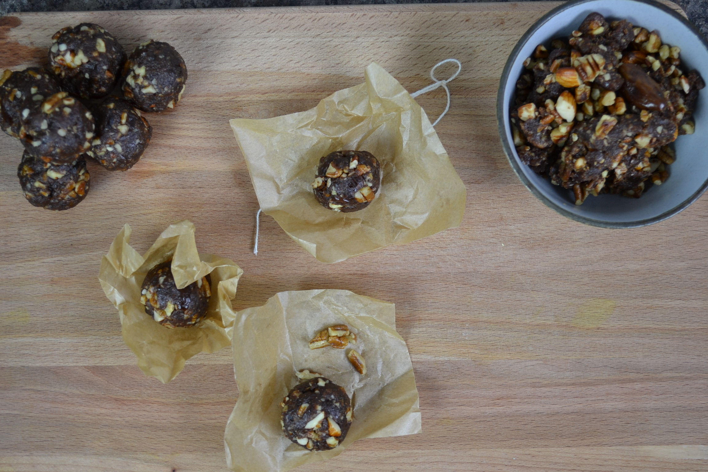 Date and Nut Energy Balls Recipe