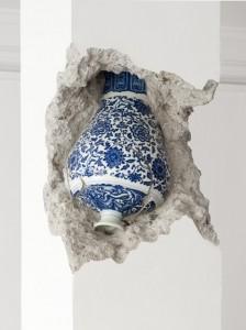 Shan Hur, Broken Pillar (2012), Timber, Concrete, Porcelain Site-specific installation 30 x 30 x 274 cm, 2012