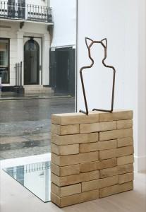 Jane Mcadam Freud: Taken / Nekat (2008), Stoneware Clay, copper pipe, mirror, 132 x 74 x 16 cm