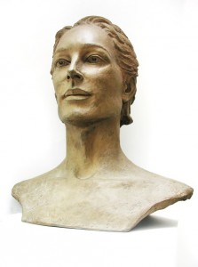 Jane Mcadam Freud: Victoria (1995) Bronze, 52 x 50 x 30 cm