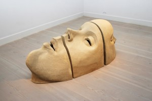 Jane Mcadam Freud: Duohead triptych (2010), Stoneware Clay, 190 x 75 x 60 cm