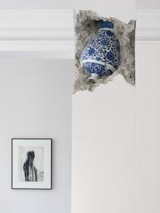 Shan Hur, Broken Pillar (2012), Timber, Concrete, Porcelain Site-specific installation 30 x 30 x 274 cm