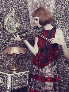 Elena Rendina, Gwen Playing Violin, 80 x 60 cm, Archival C-Type print on matt paper, 2013