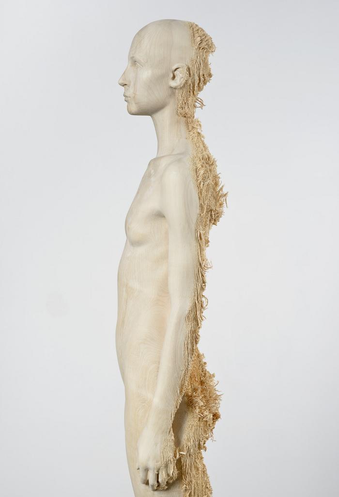 Aron Demetz, Sud, 2012, Limewood, 80 x 60 x 220cm
