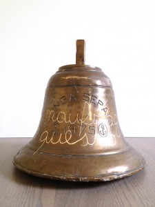 Untitled (naufragar m'e dolce in questo mar) Giovanni Ozzola, Untitled (naufragar m'e dolce in questo mar), brass bell with handwritten text, 45 x 30 x 30 cm, 2013