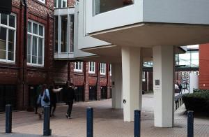 Shan Hur, A New Column for Manchester, 2014
