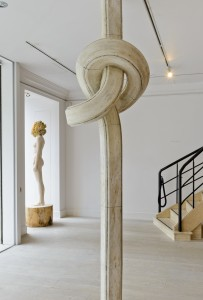 Shan Hur, Knotted Pillar, resin, timber and foam, 100 x 290 x 90 cm, 2013