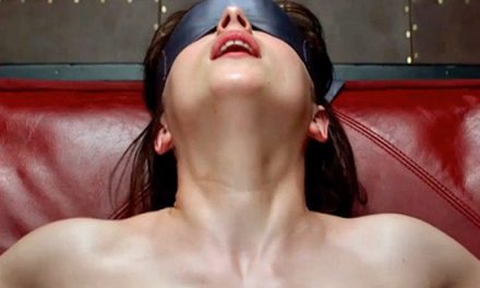 Fifty Shades of Grey trailer reviews