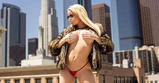 Nikki Delano is appearing at Exxxotica Dallas