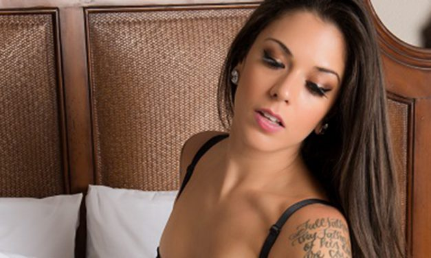 Kayla-Jane Danger drops knowledge… Topless