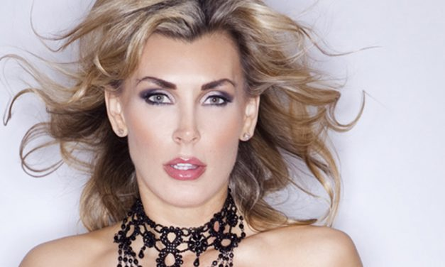 Tanya Tate is showcased in Comic Box magazine