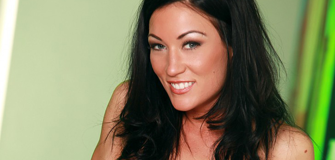 Starri Knight returns to adult with OCM