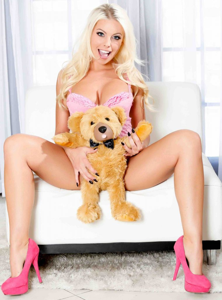 cam model Natalie Star with Teddy Love