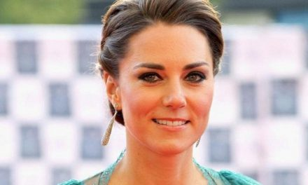 """Duchess of Cambridge wins """"sexiest"""" honour in poll"""