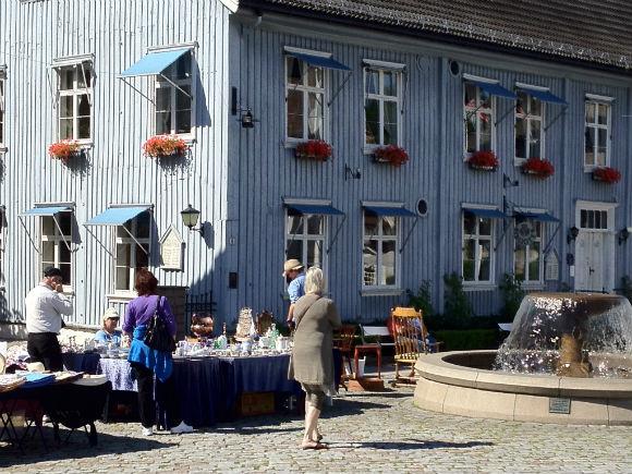 Drøbak market square