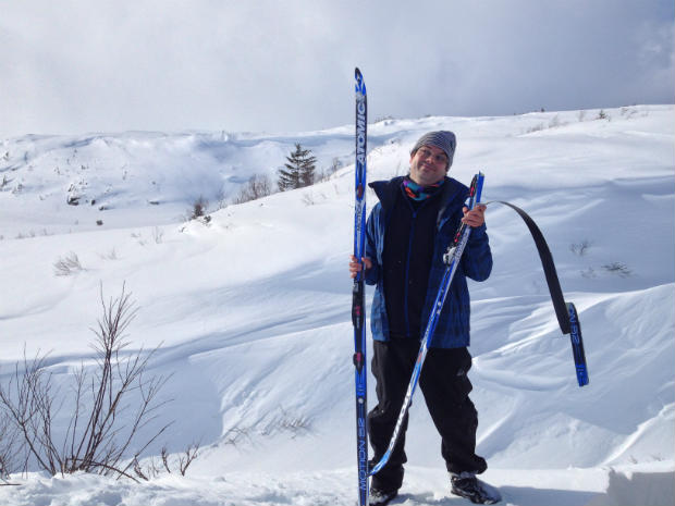 Broken skis