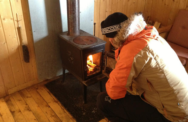 Hytta wood burner grong5 - A Day And Night In A Mountain Cabin