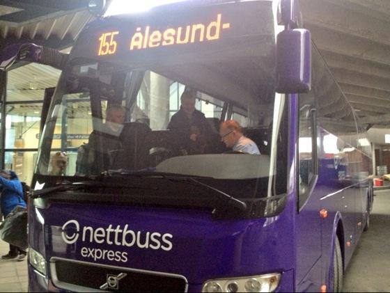 155 Trondheim to Ålesund bus