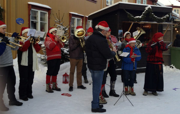 Music at the Christmas Market