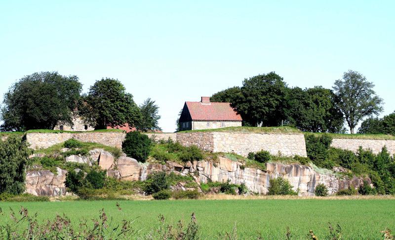 Kongsten Fort in summer
