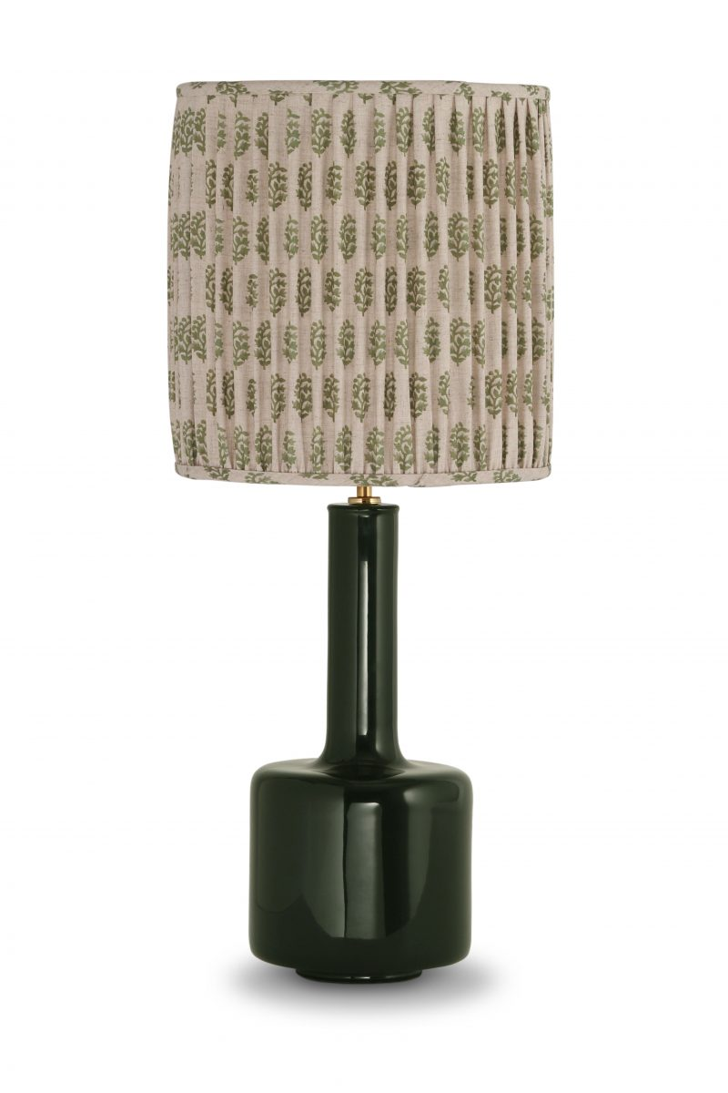 Ianthe lamp clb38 table lamps porta romana 12 inch top hat bina print dill with natural linen lining mozeypictures Images