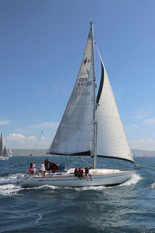 Clearwater Bavaria 44 - Solent Yacht CharterSolent Yacht Charter