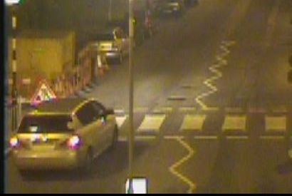 Image of car police wish to trace in connection with arson in Muswell Hill