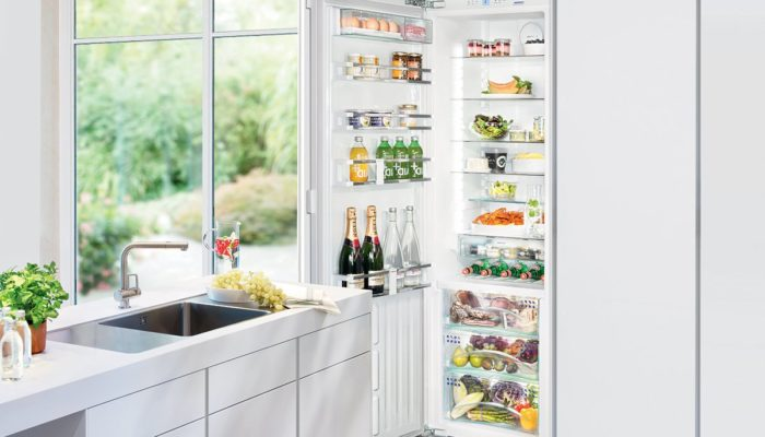 Liebherr-SIKB3550LH-344L-Integrated-Fridge-Lifestyle-high