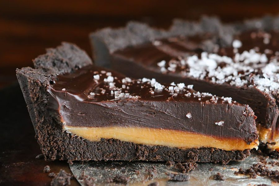 Dark Chocolate Salted Caramel Oreo Pie - appliance city - Food and home
