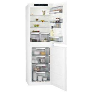 AEG SCS8181ENS-EX DISPLAY 177cm Integrated 50/50 Frost Free Fridge Freezer