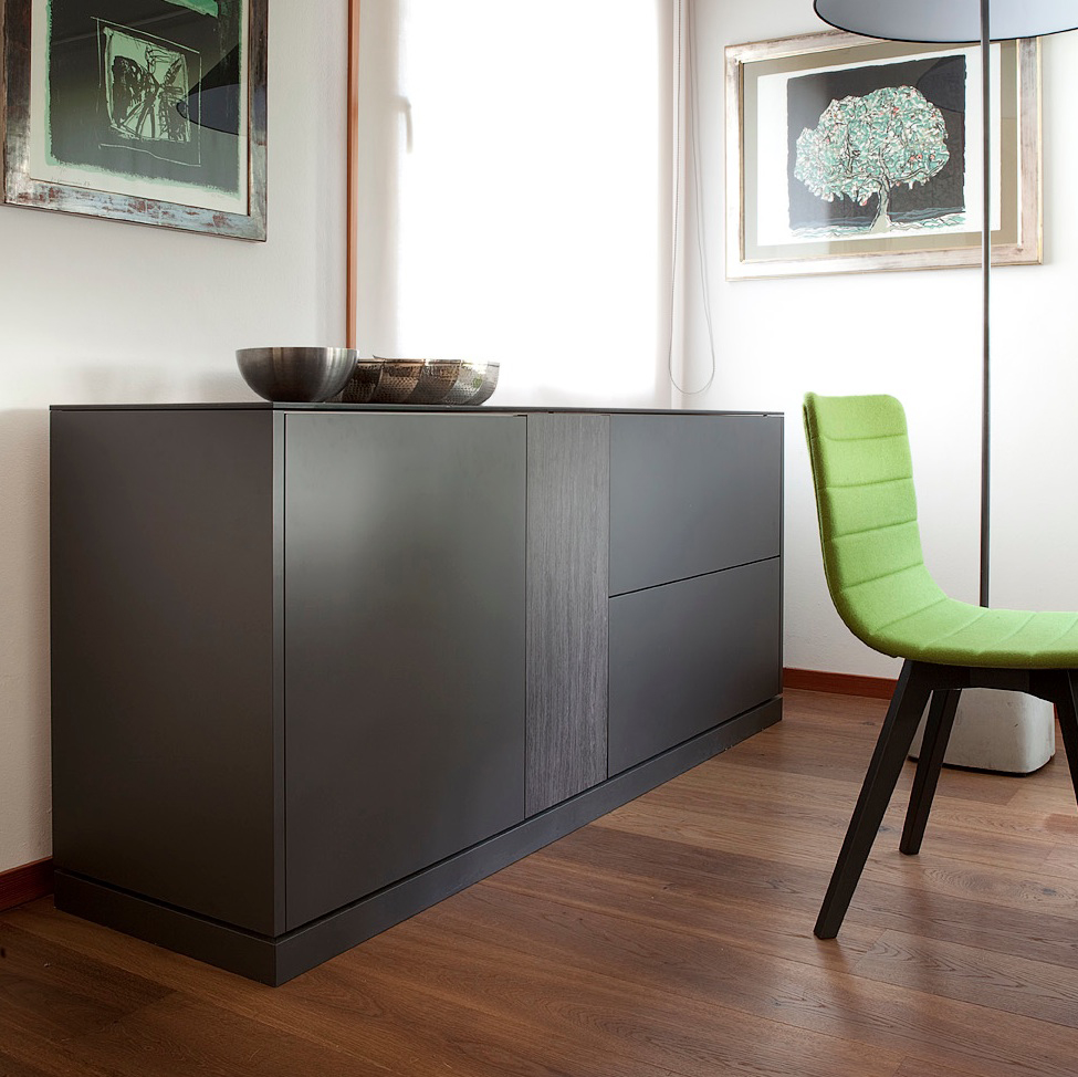 LINEA 185 LARGE SIDEBOARD, DARK GREY MATT LACQUERED BODY WITH DARK GREY OBSIDIAN TOP AND DOOR -31729