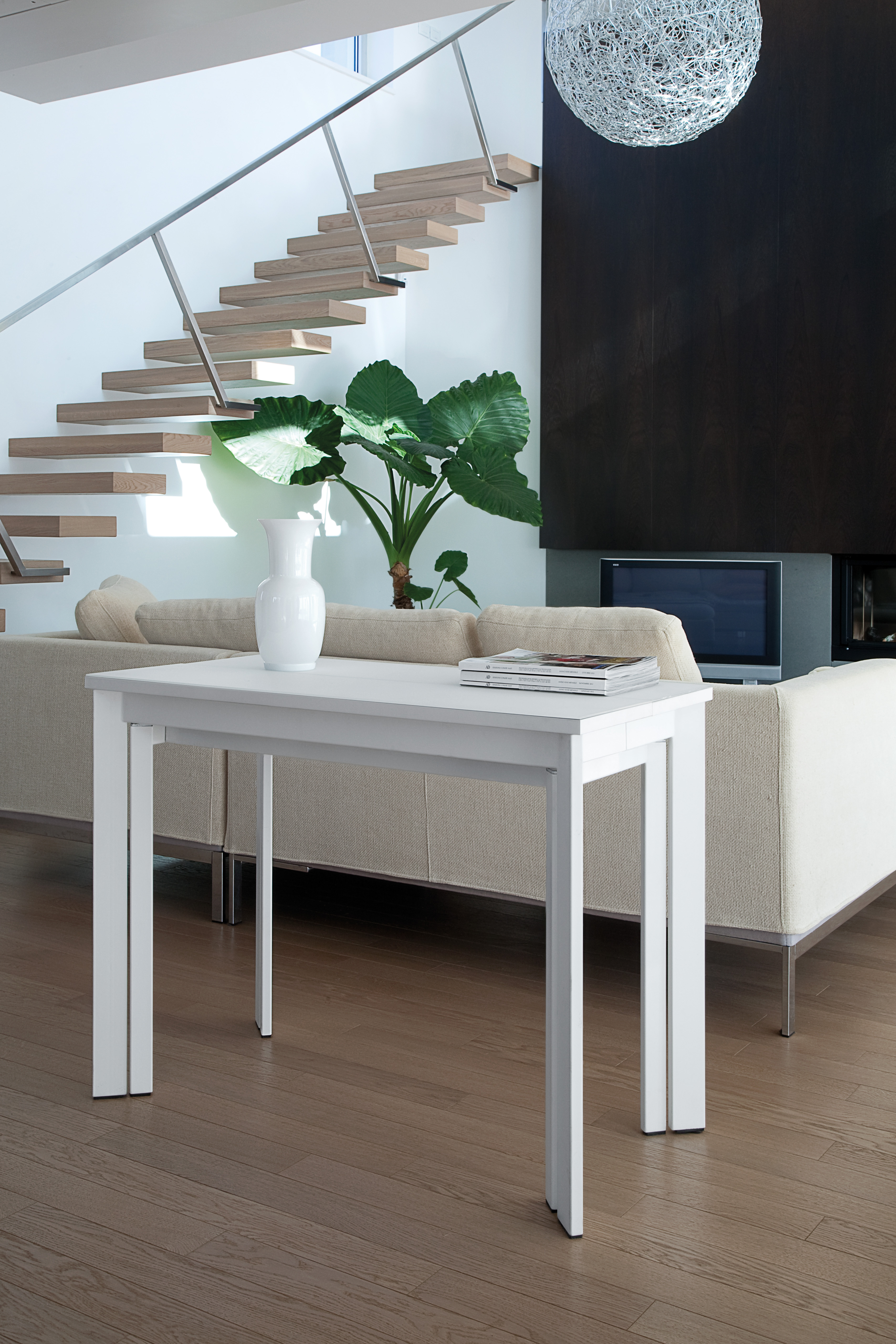 CONDOR CONSOLE / EXTENDING DINING TABLE-30902