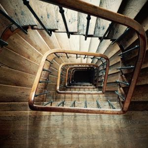 spiral-staircase-852699_1280