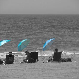 beach-166736_1280