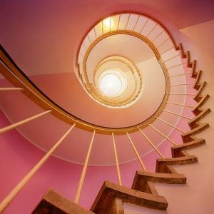stairs-3112405_640