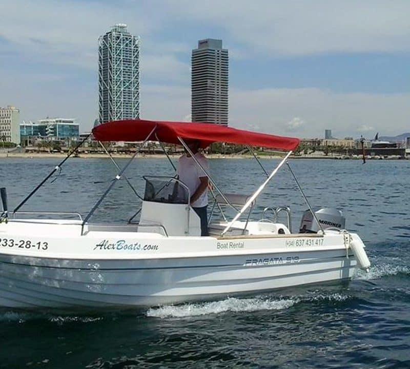 Barcelona boat hire – licensed motor boat