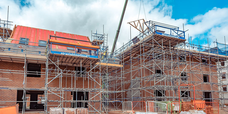 TAYLOR-WIMPEY_CANTILEVER
