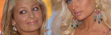 Paris Hilton i Nicole Richie lubiły podkreślać usta błyszczykiem