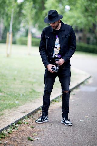 Męskie sneakersy w geometryczne wzory
