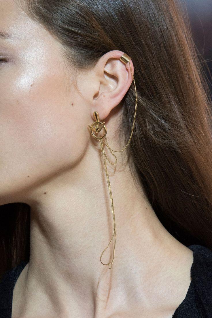 Minimalistyczna biżuteria - złote oryginalne kolczyki